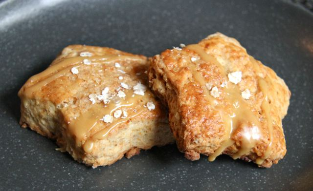mapleoatmealscones
