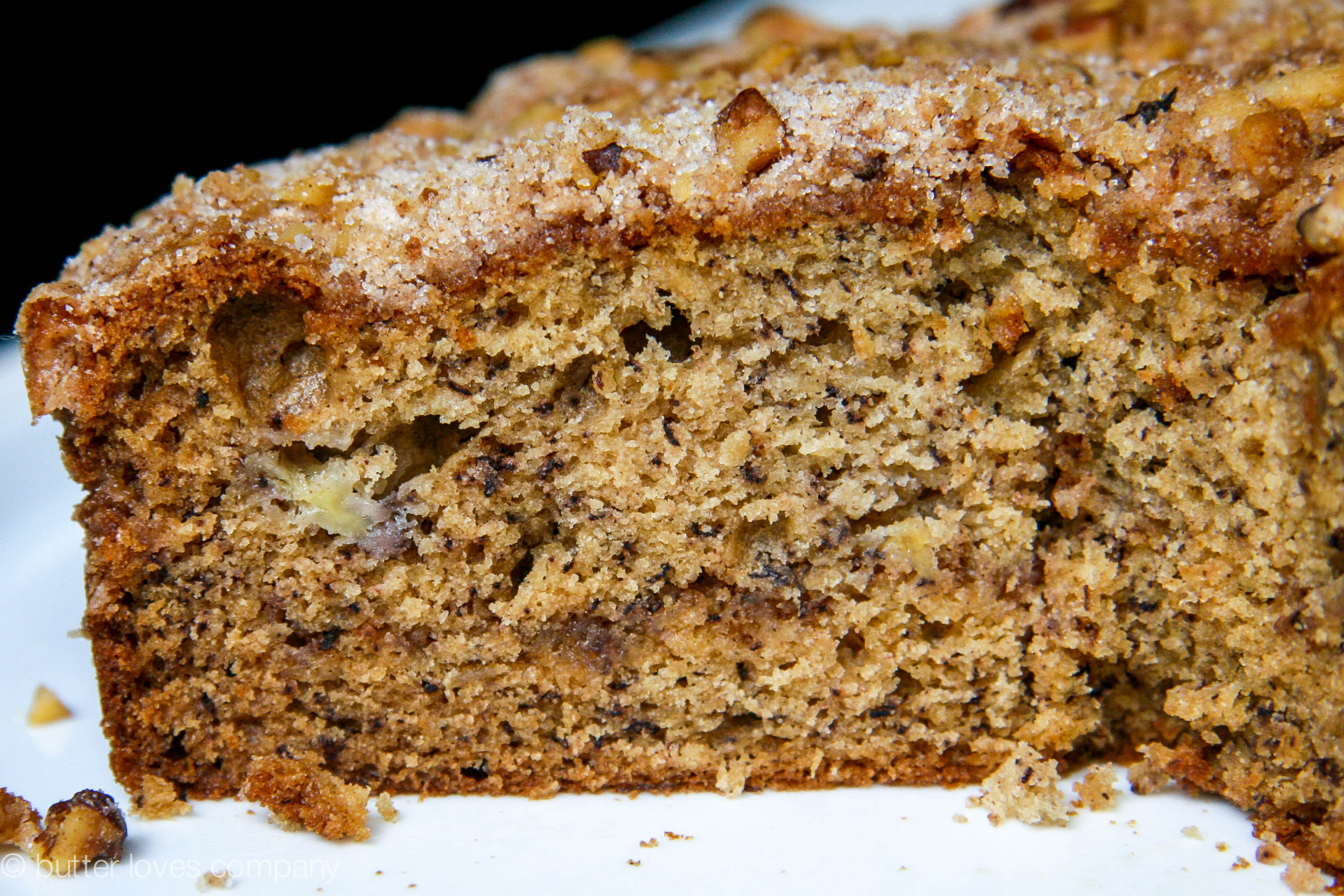 brown butter banana bread with crumble 9