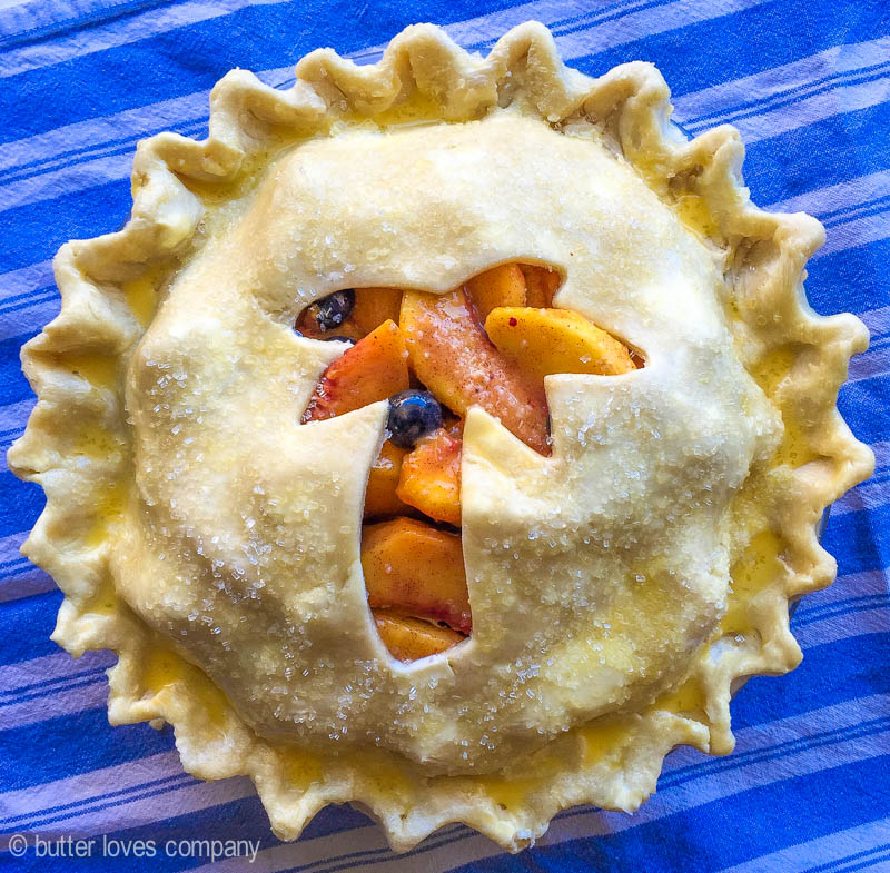 peach blueberry pie | butter loves company