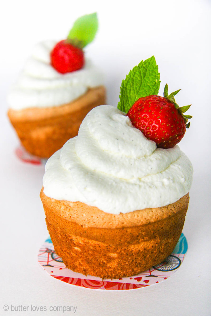 Recipe for pillow-soft, snow white, squishy jumbo angel food cupcakes ...