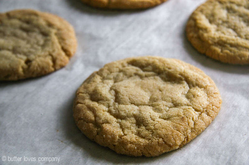 chewy-crunchy-bakery-style-sugar-cookies-4