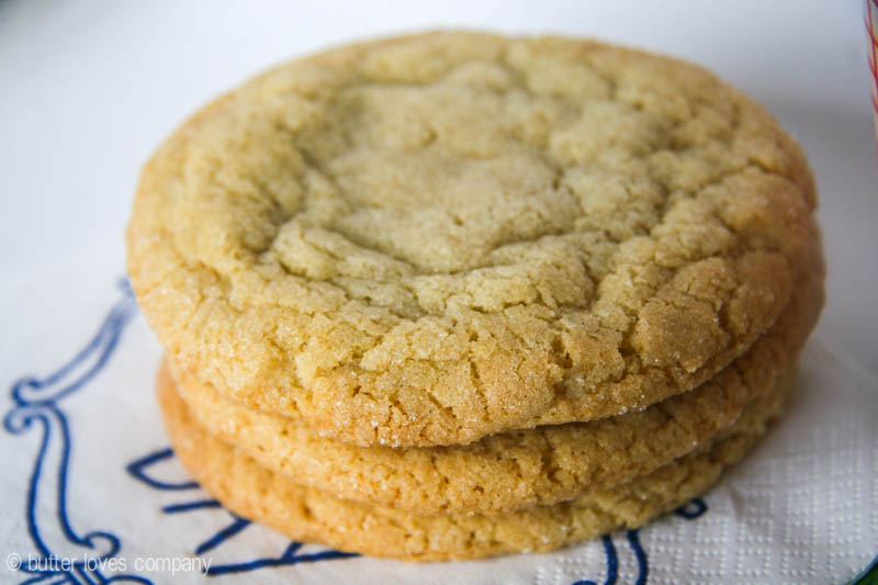 An easy recipe for big, crunchy, chewy bakery style sugar cookies with ...