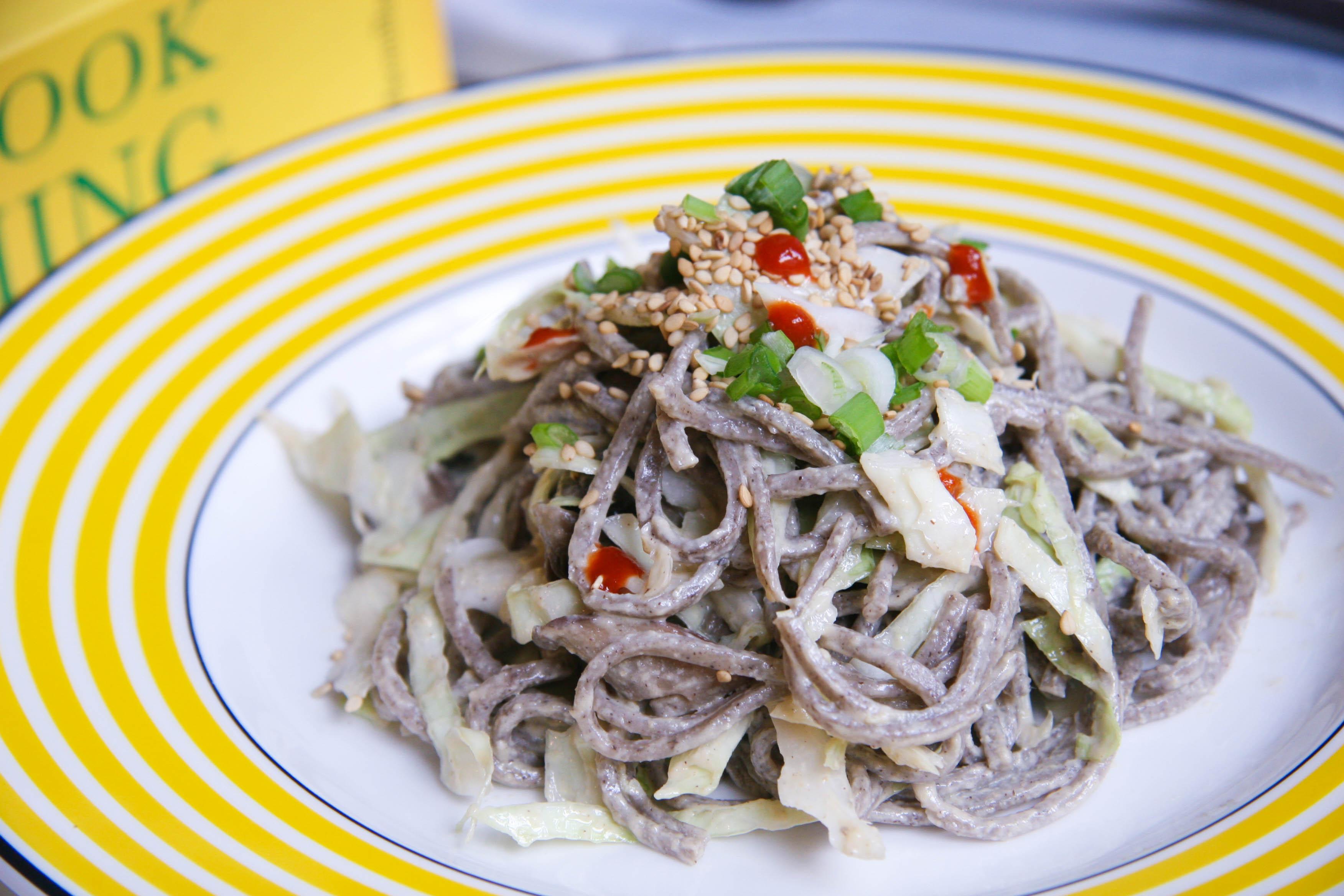 oba noodle salad on plate4