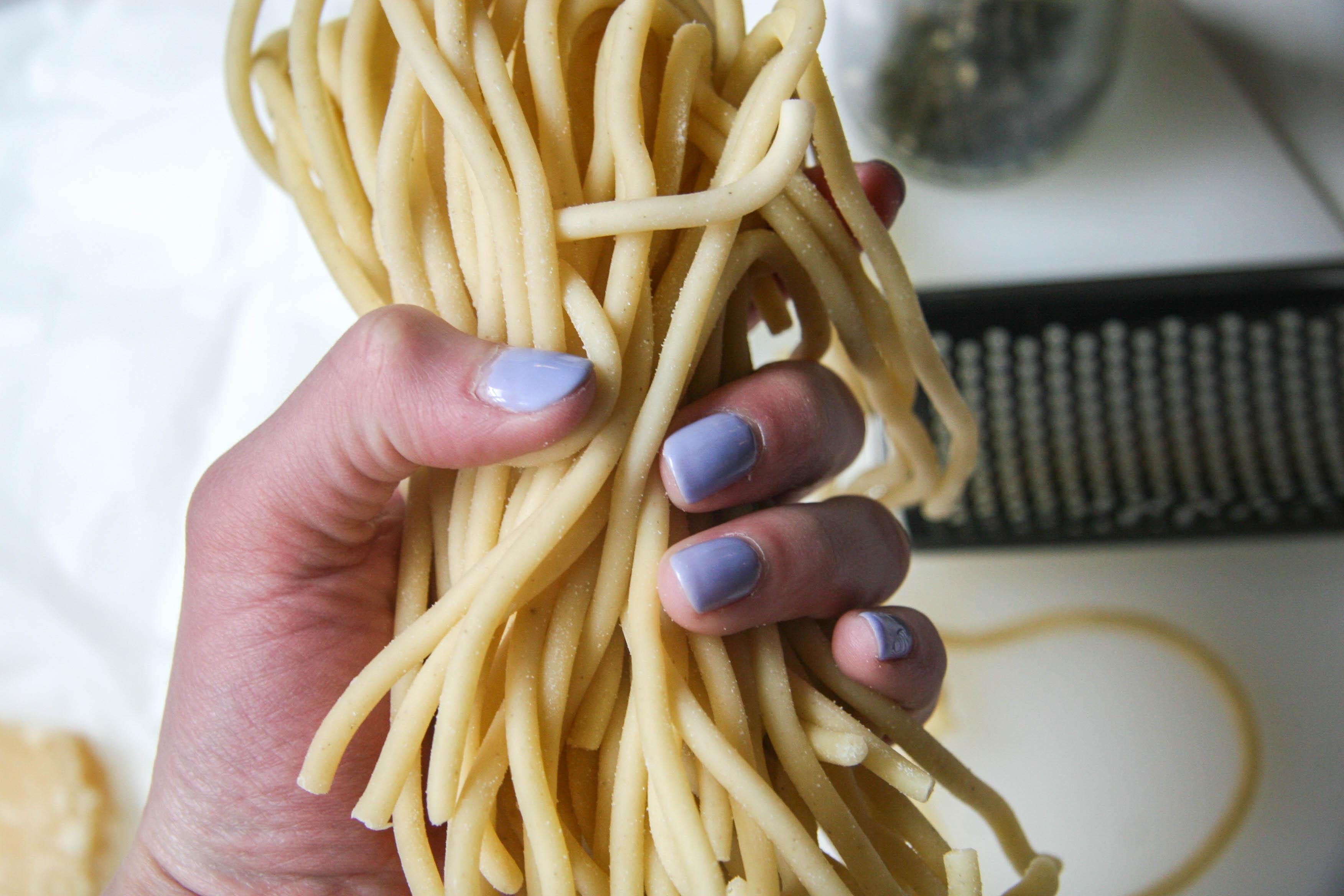 cacio e pepe pasta recipe 3