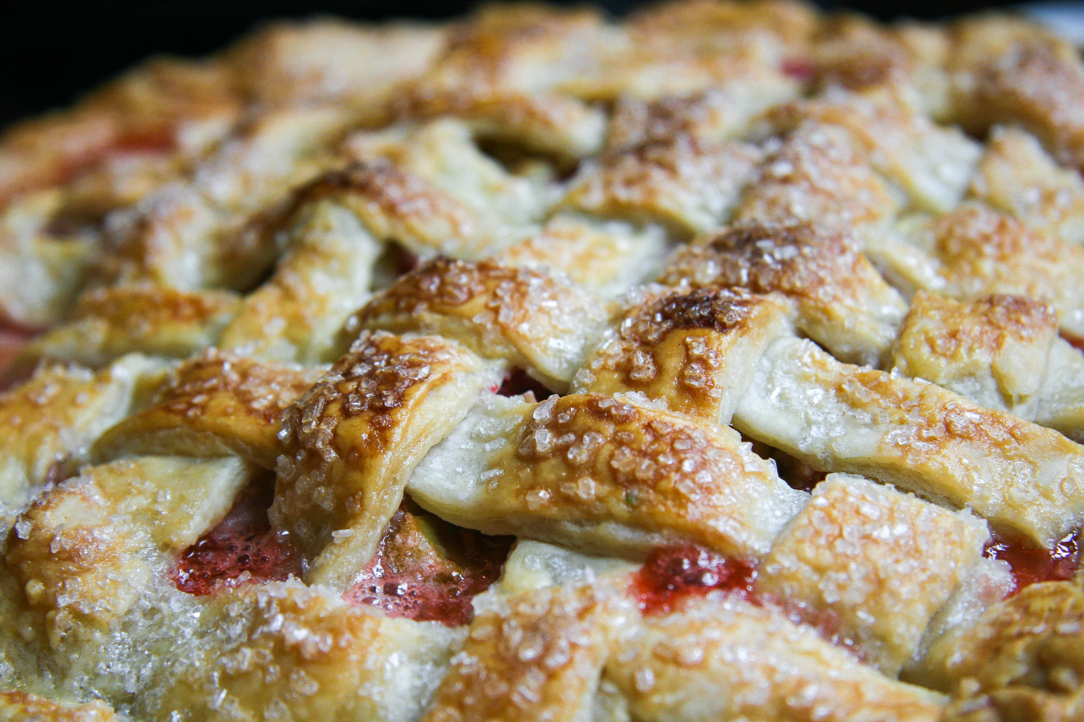 strawberry rhubarb pie 12