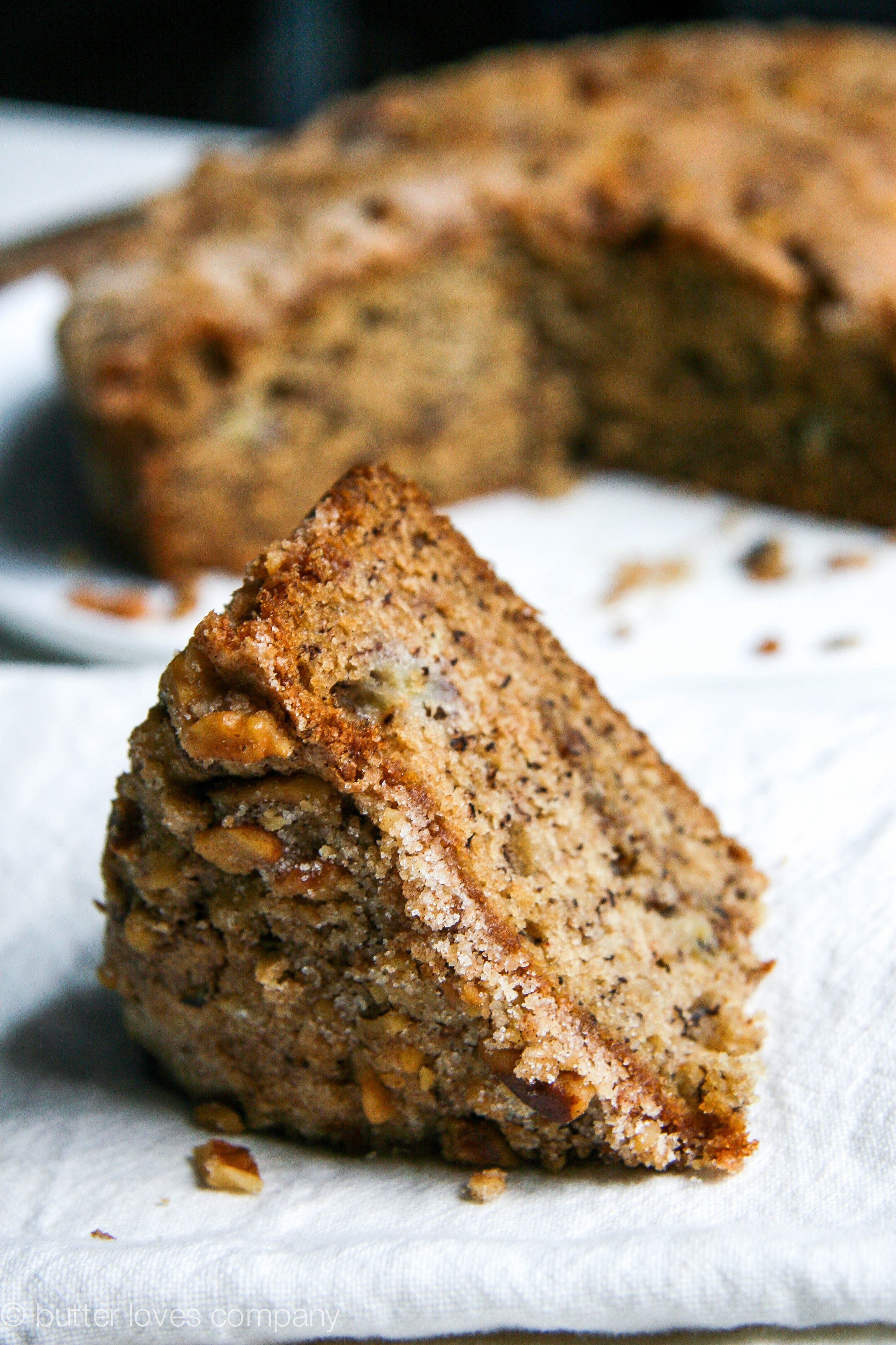 brown butter banana bread with crumble 8