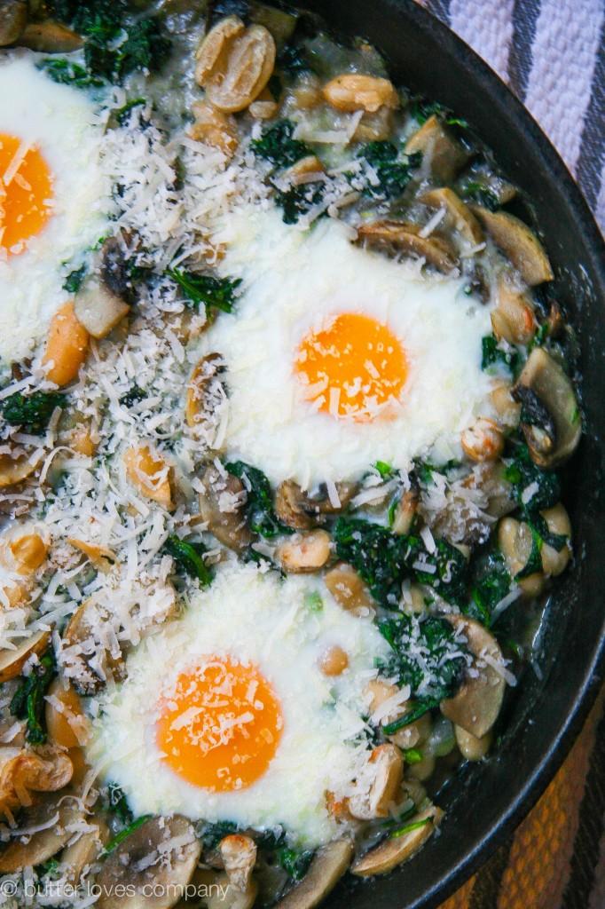 white bean spinach mushroom egg bake 1