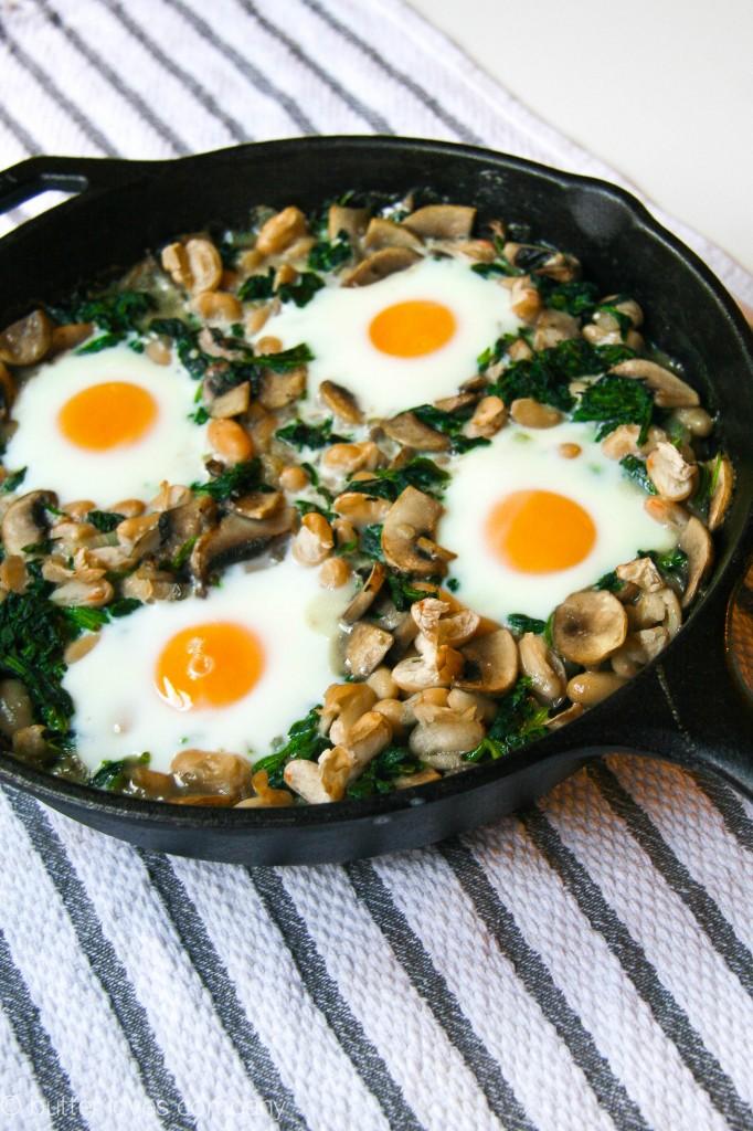 white bean spinach mushroom egg bake 4