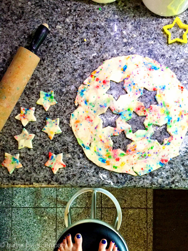 funfetti-pie-crust-recipe-national-pi-day-1