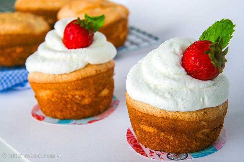 angel-food-cupcakes-recipe-10