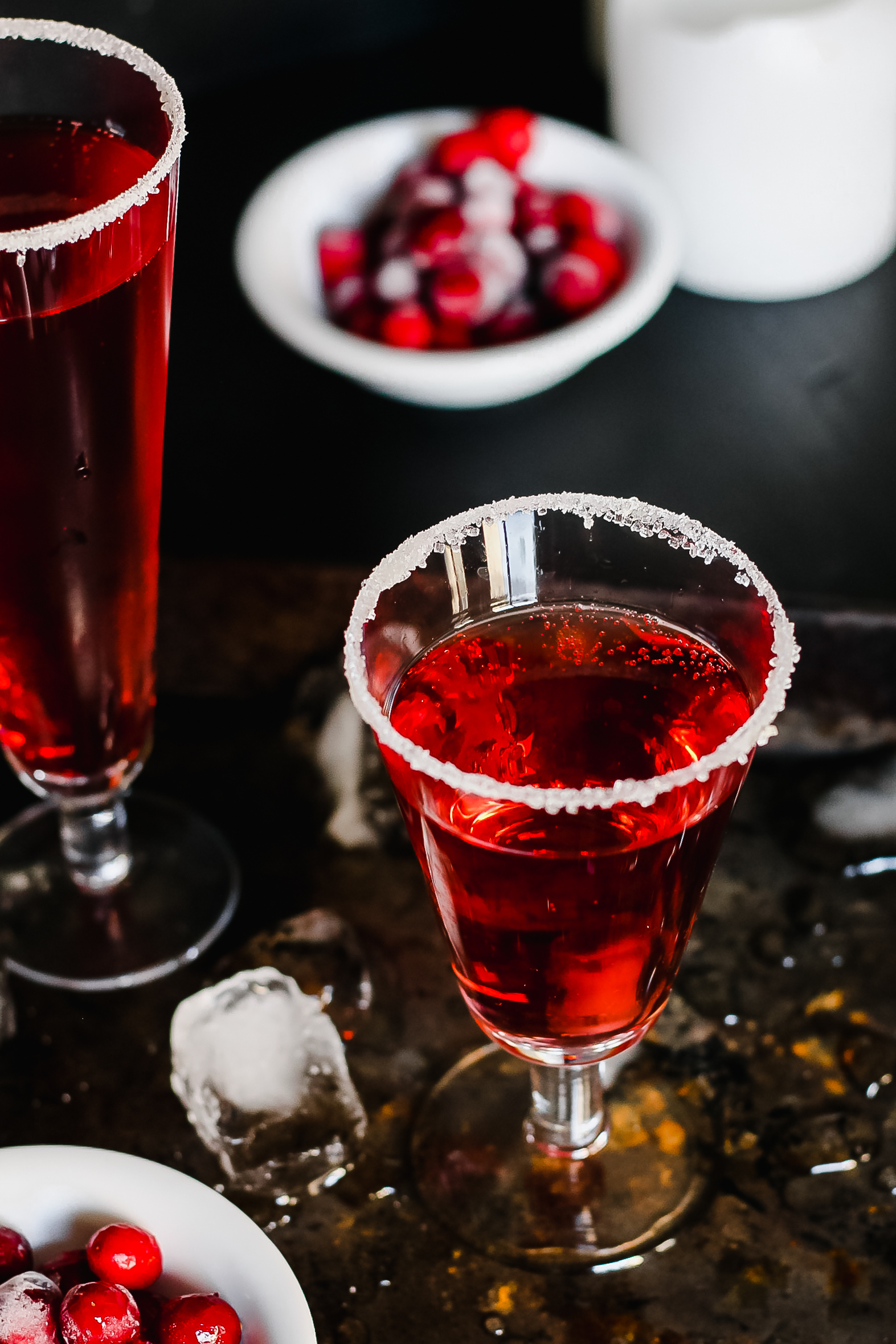 holiday sparkler champagne cocktail (perfect for winter brunch!)